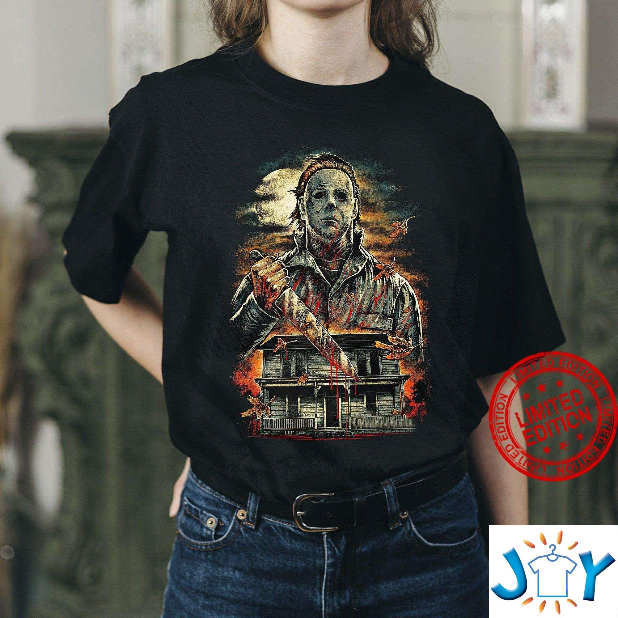 Michael Myers A Real Man Will Chase After You Funny Halloween T-Shirt