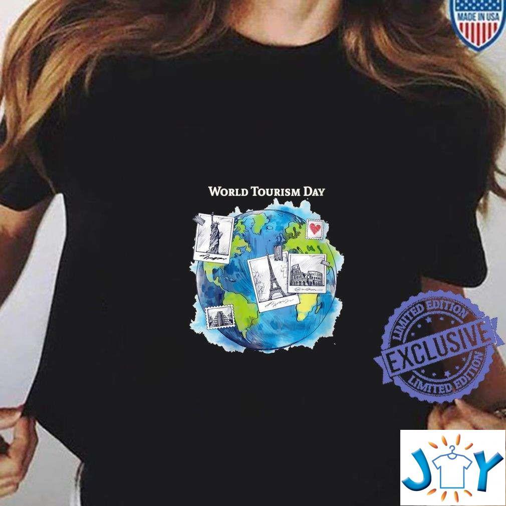 World Tourism Day Love to Travel World Globe Unisex T-Shirt